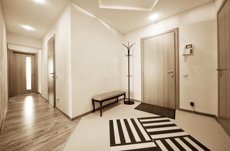Дизайн коридора с гардеробной в квартире фото весна теплая