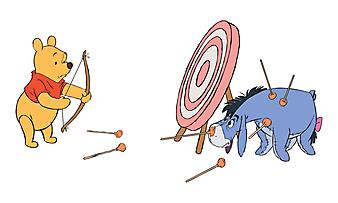 Винни-Пух  играет с осликом Иа. (Код изображения: 10152)
