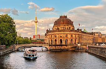 Берлин, Германия. (Код изображения: 16005)