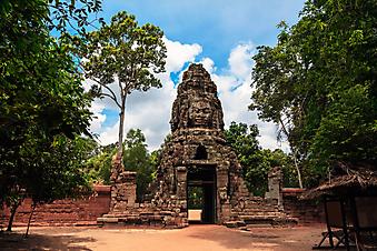 Руины Храма Ангкор-Ват. (Код изображения: 16009)