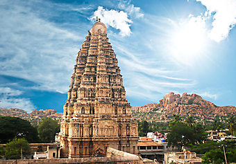 Храм в Хампи, Индия. (Код изображения: 16025)