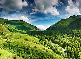 Горная долина. (Код изображения: 19029)