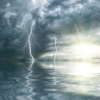 Молнии над океаном (Каталог номер: 19081)