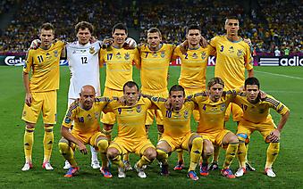 Групповая фотография футбольной сборной Украины. (Код изображения: 20037)