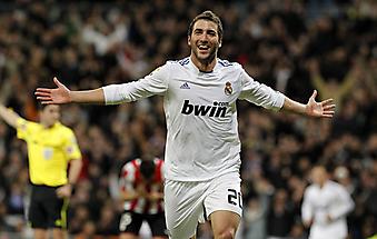 Футболист Реал Мадрида, Испания. (Код изображения: 20047)