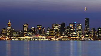 Ночной город, Ванкувер. (Код изображения:02004)