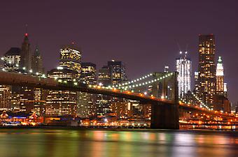Небоскребы на фоне Бруклинского моста, Манхэттен. (Код изображения: 02010)