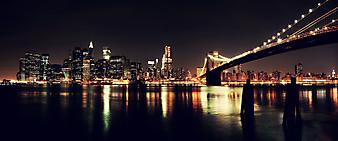 Ночные огни небоскребов Нью-Йорка. (Код изображения: 02106)