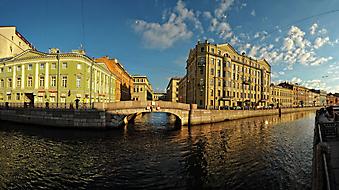 Набережная в Санкт-Петербурге. (Код изображения: 02120)