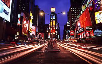 Ночной город, улица Таймс-сквер Нью-Йорке. (Код изображения: 02128)