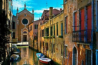 Красивый вид старинной Венеции, Италия. (Код изображения: 02185)