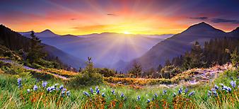 Величественный закат в горах. (Код изображения: 03001)