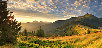 Красивый горный пейзаж. (Код изображения: 03002)