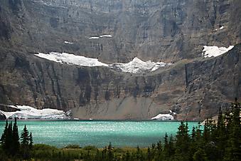 Вид на озеро, национальный парк