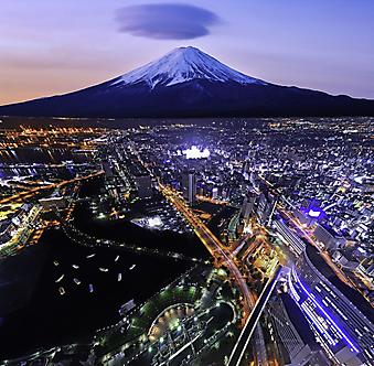 горы Фудзи в Иокогаме. (Код изображения: 03047)