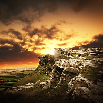 Закат в горах. (Код изображения: 03048)