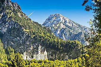 Замок Нойшванштайн у подножья Альп (Каталог номер: 03083)