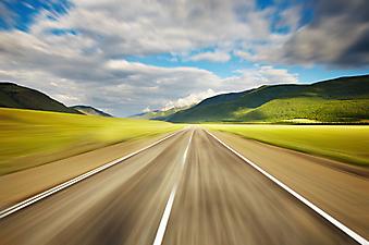 Пустая дорога. (Код изображения: 06002)
