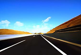 Пустое шоссе. (Код изображения: 06010)