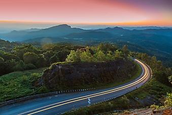 Следы на шоссе (Каталог номер: 06042)