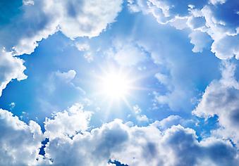 Солнце разгоняет облака. (Код изображения: 12028)
