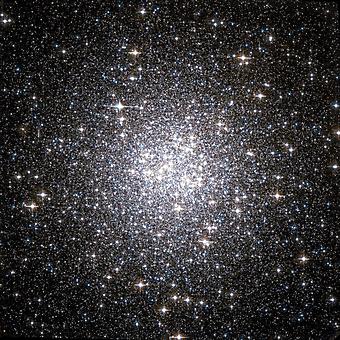 Шаровое скопление в космосе. (Код изображения: 12055)