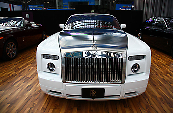 Rolls Royce. (Код изображения: 13008)