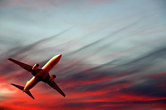 Самолет. (Код изображения: 13023)