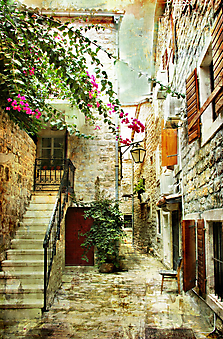 Старый дворик, Хорватия. (Код изображения: 14031)