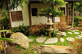 Дворик чайного дома в Киото, Япония (Код изображения: 14045)