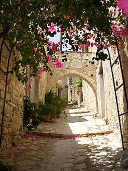 Старая улочка Кипра. (Код изображения: 14067)