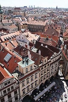 Вид с крыш на улочки Праги. (Код изображения: 14082)