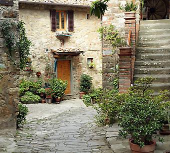 Итальянский дворик с цветами (Каталог номер: 14095)