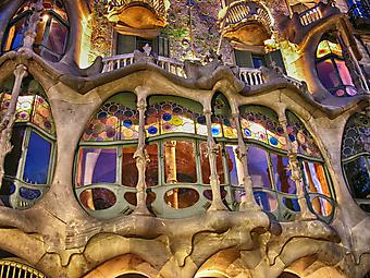 Фасад дома в Бальо в Барселоне (Каталог номер: 14128)