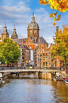 Вид на церковь с канала, Амстердам. (Каталог номер: 14136)