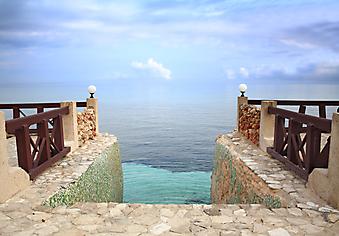 Лестница в Карибское море. (Код изображения: 15007)