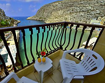 Вид на море с балкона. Сан-Андреас. (Код изображения: 15036)