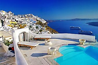 Терраса с бассейном на острове Санторини (Каталог номер: 15060)