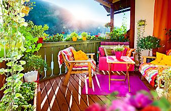Яркий балкон с видом на горы (Каталог номер: 15066)