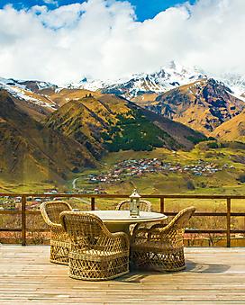 Терраса с изумительным видом на горы (Каталог номер: 15102)