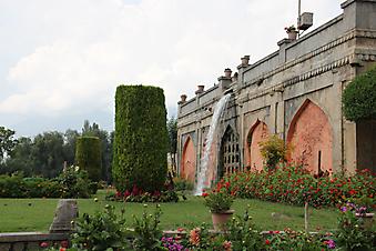 Цветущий сад в Кашмире (Каталог номер: 18106)