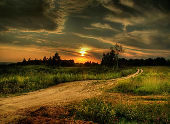 Закат в России. (Код изображения: 04029)