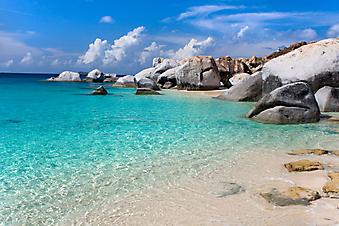 Дикий пляж. (Код изображения: 05020)