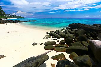 Остров Пхи-Пхи, Тайланд. (Код изображения: 05029)