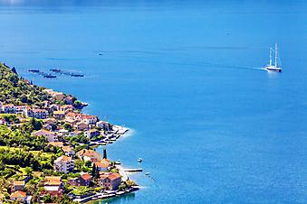 Вид на море, Черногория. (Код изображения: 05044)