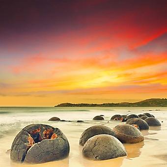 Пляж с Валунами Моераки, Новая Зеландия (Каталог номер: 05129)