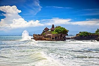Храм на острове, Бали (Каталог номер: 05141)