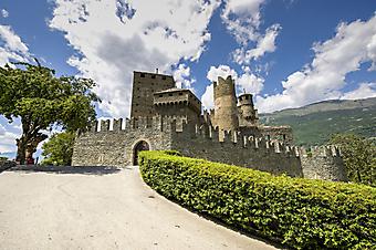Средневековый замок, Италия. (Код изображения: 08007)