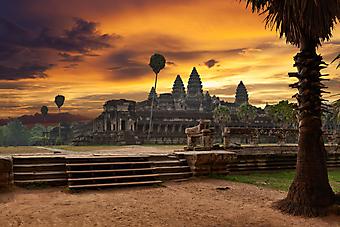 Ангкор-Ват. (Код изображения: 08018)