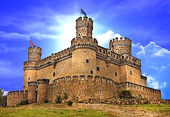 Средневековый замок Мансанарес. (Код изображения: 08024)